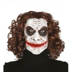 Mascara bufon similar al joker con pelo