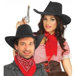 Sombrero vaquero ante negro