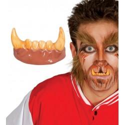 Dientes colmillos hombre lobo licantropo